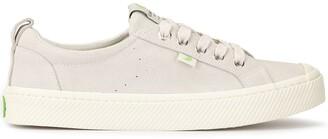 Cariuma OCA Low Off White Suede Sneaker