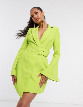 I SAW IT FIRST belted blazer dress in green