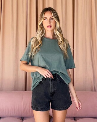 Dazie - Women's Green Basic T-Shirts - TGIF Cotton BF Tee - Size 6 at The Iconic