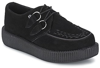 T.U.K. MONDO LO women's Casual Shoes in Black