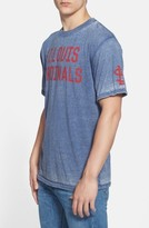 Red Jacket Men's 'St. Louis Cardinals - Hoist' Graphic T-Shirt