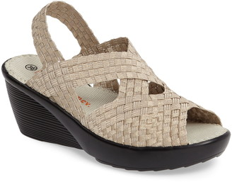 Bernie Mev. Fresh Brighten Sandal