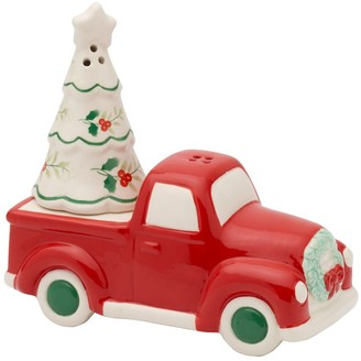 Pfaltzgraff Winterberry Truck & Tree Salt & Pepper Shaker Set