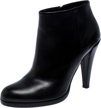 Gucci Black Leather Ankle Booties Size 38.5