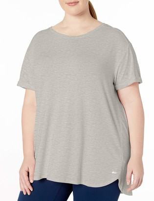Amazon Essentials Women's Plus Size Studio Relaxed-Fit Lightweight Crewneck T-Shirt