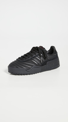 AW Bball Soccer Sneakers
