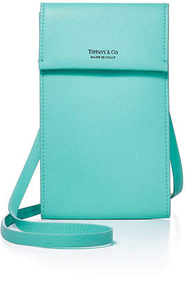 Tiffany & Co. & Co. Crossbody phone pouch in Blue grain calfskin leather