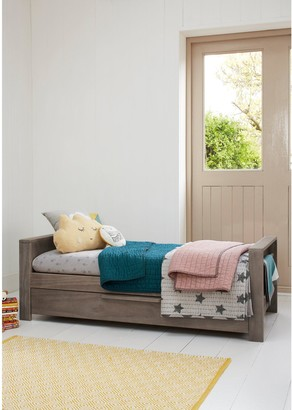 Mamas and Papas Franklin Cot Bed