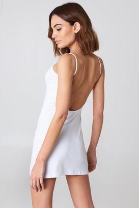 NA-KD Basic Deep Back Dress Beige