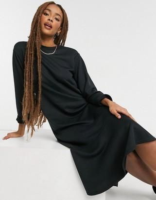 New Look flute hem sweatshirt midi dress in black
