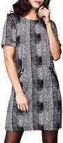 Yumi Zig Zag Shift Dress, Black
