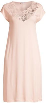 Hanro Flora Lace-Trim Cap-Sleeve Night Gown