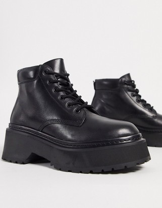 Steve Madden swoop leather chunky sole boots in black