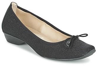 Dorking YVON women's Heels in Black