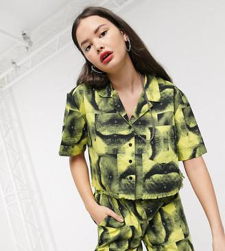 COLLUSION boxy shirt in lip print