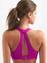 Gap High impact keyhole sports bra