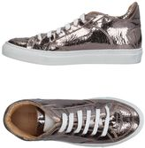 MM6 MAISON MARGIELA Low-tops & sneakers - Item 11241325