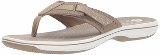 Clarks Women's Brinkley Reef Flip-Flop Taupe Synthetic 070 M US