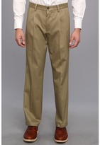Dockers Signature Khaki D2 Straight Fit Pleated