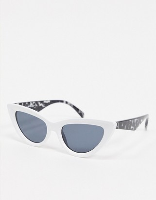 A. J. Morgan AJ Morgan slim cat eye sunglasses in white