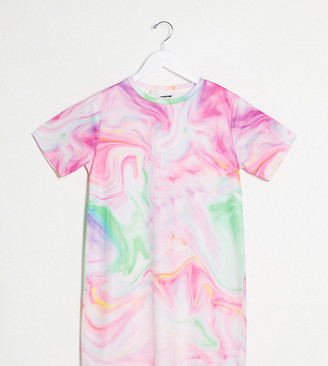 Noisy May Petite t-shirt dress in tie dye