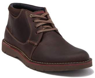 Clarks Vargo Mid Leather Chukka Boot