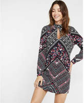 Express geometric floral print teardrop cut-out shift dress