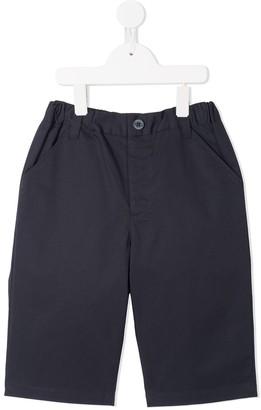 Familiar classic chino shorts