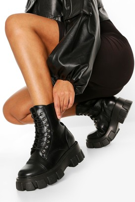 boohoo Wide Fit Lace Up Hiker Boots