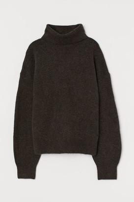 H&M Knit Turtleneck Sweater - Brown