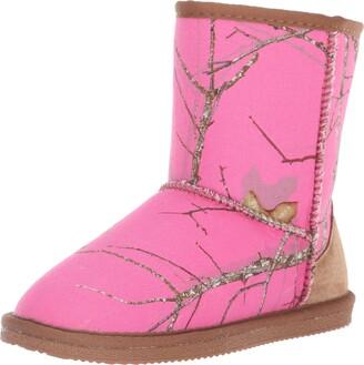 Lamo Girls' Classic Fashion Boot