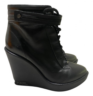 Karl Lagerfeld Paris Black Leather Ankle boots