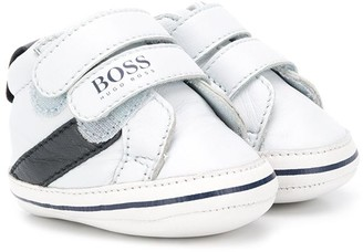 Boss Kids Touch Strap Low-Top Trainers