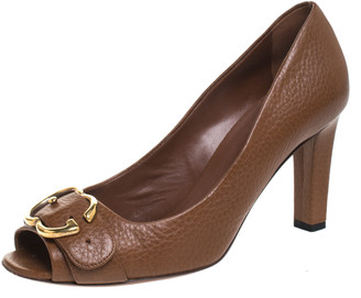 Gucci Brown Textured Leather GG Buckle Peep Toe Pumps Size 38