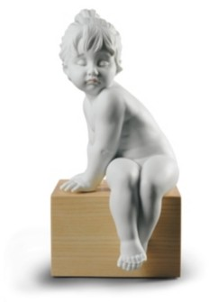Lladro Sweet Figurine