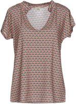 Siyu T-shirts