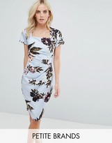 City Goddess Petite Square Neck Capped Sleeve Printed Dress