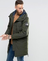 The North Face Insulated Mountain Parka In Green