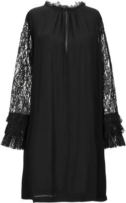 Mariuccia Short dresses