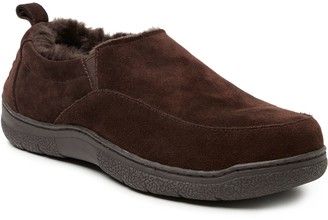 Dearfoams Men's Suede Twin-Gore Closed Back Slippers