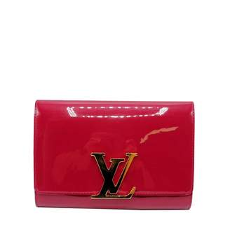Louis Vuitton Louise Other Patent leather Clutch bags