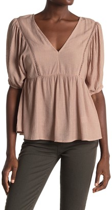 ALL IN FAVOR V-Neck Elbow Sleeve Babydoll Top
