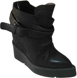 Cinzia Araia \N Black Leather Ankle boots