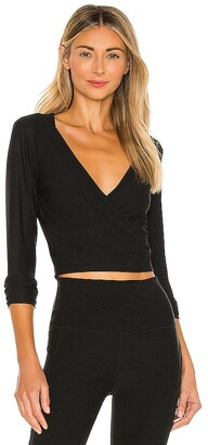 Beyond Yoga Day and Night Cropped Pullover