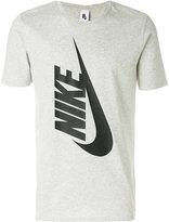 Nike Essentials T-shirt