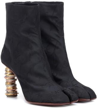 Vetements Split-toe coin ankle boots