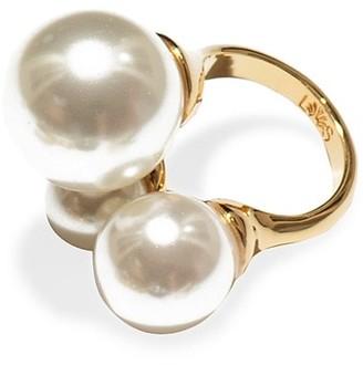 Lele Sadoughi Triple Faux Pearl Ring