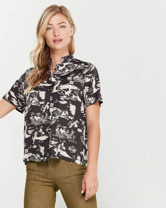 Scotch & Soda Short Sleeve Printed Souvenir Shirt