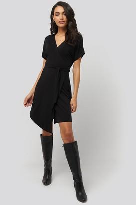 NA-KD Overlap Jersey Dress