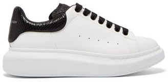 Alexander McQueen Raised Sole Low Top Leather Trainers - Mens - White Black
